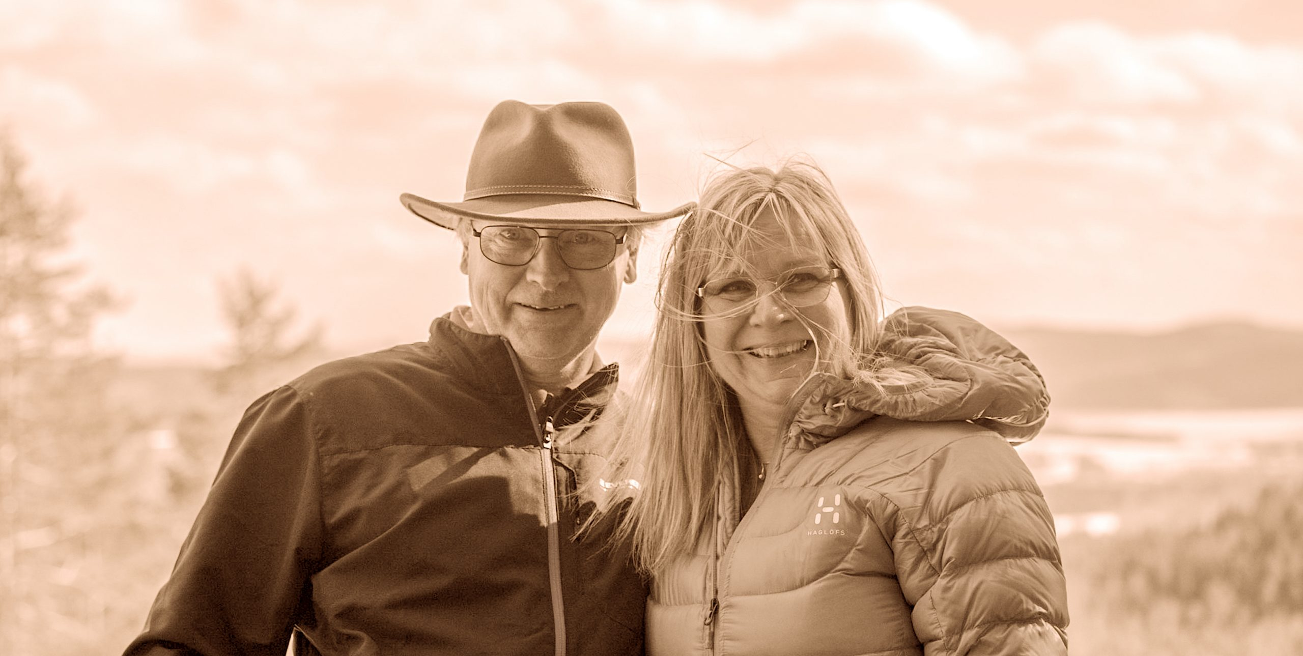 Rolf Fällström driver Pepparkakshuset tillsammans med sin kära fru Nina.
